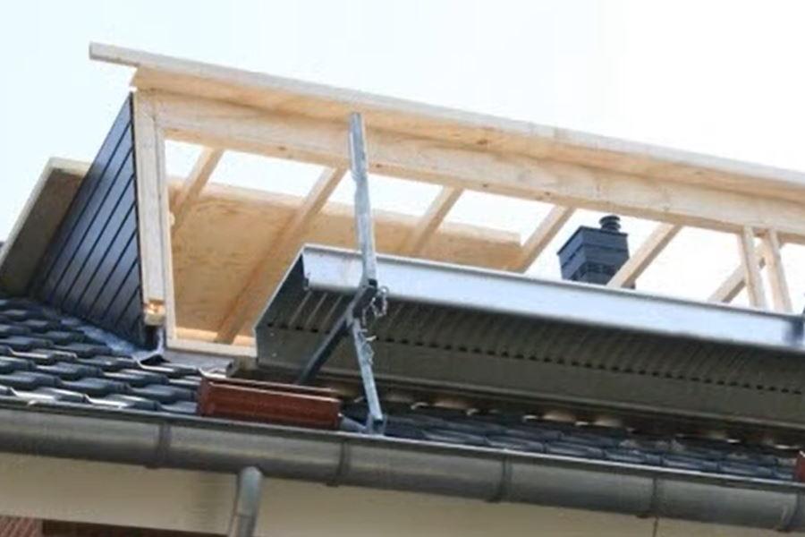 zijkant en dak plaatsen