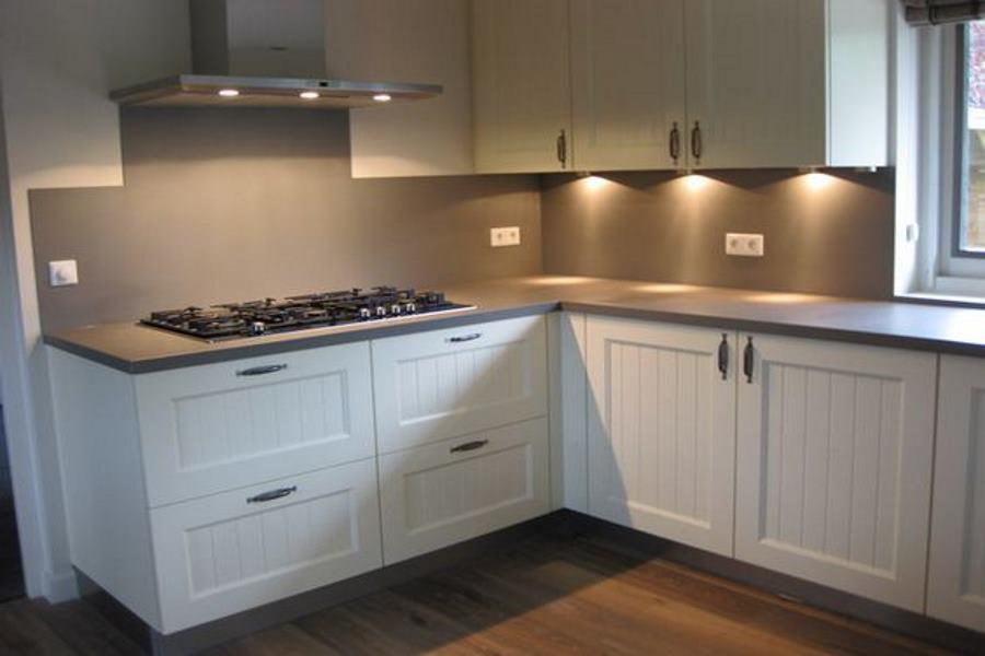 Keuken Keukenrenovatie : Een keukenrenovatie is een goed alternatief voor een nieuwe