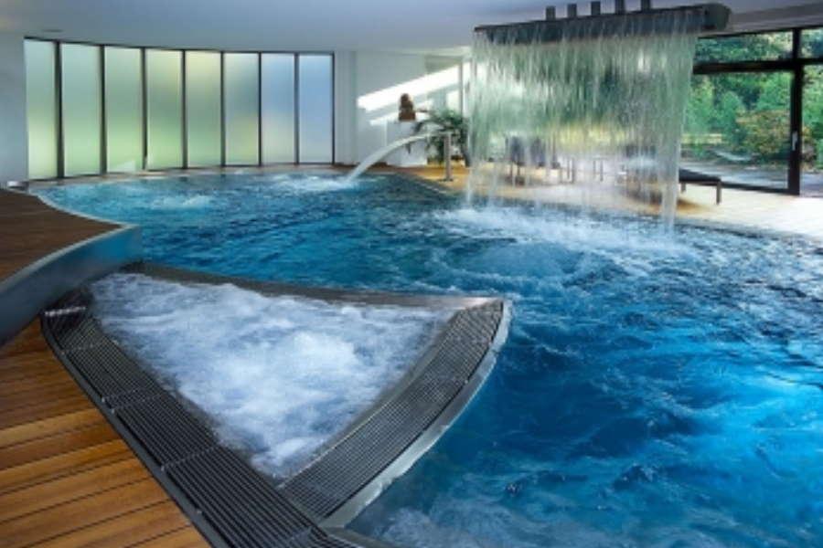 Priv zwembad verbouwkosten for Zwembad plaatsen in tuin